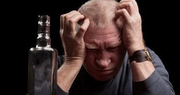 高血压饮酒的危害