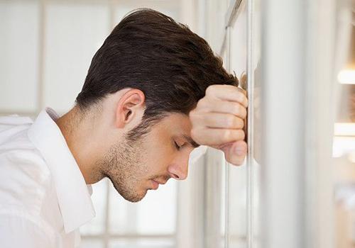 中度抑郁症的表现症状有哪些