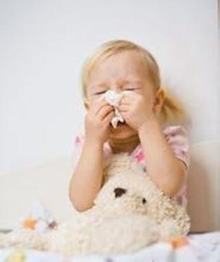 宝宝流鼻涕喉咙有痰_宝宝感冒鼻塞流鼻涕怎么办?_幼儿期_医网母婴保健