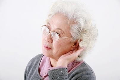 耳膜塌陷是什么原因造成的