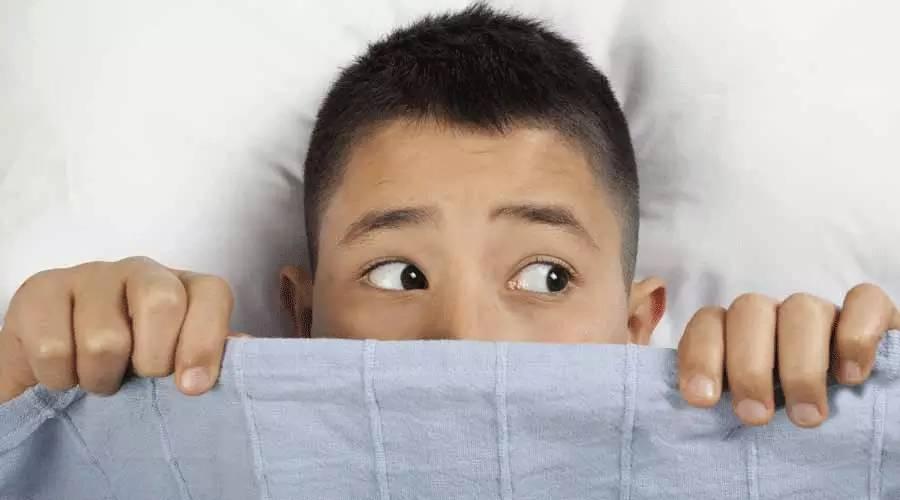 怎样教孩子面对第一次遗精