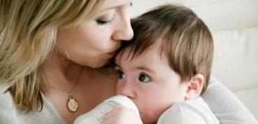 婴儿奶粉水温多少合适