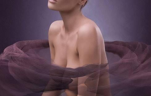 乳房纤维瘤有哪些症状