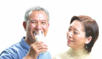 老年人怎样补钙最好