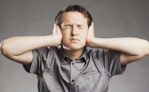 耳鸣是什么原因引起