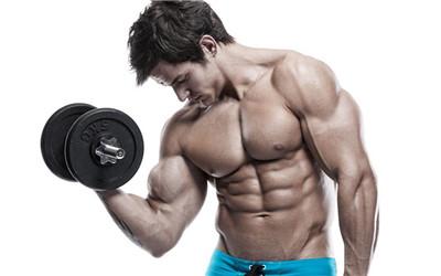 用哑铃锻炼胸肌最有效的方法