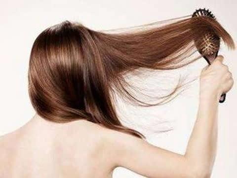 女性经常掉头发是什么原因