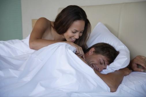 蜜月期夫婦性愛時如何避孕