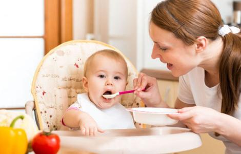早产宝宝什么时候添加辅食