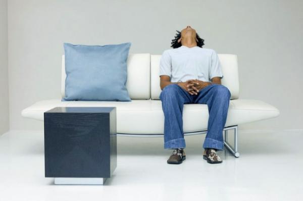 如何减少久坐对男性性功能的影响