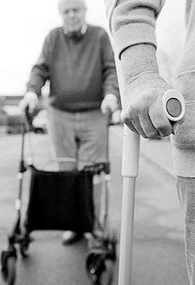 老年人治疗帕金森的方法有哪些