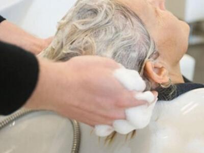 老人冬季洗头有什么讲究
