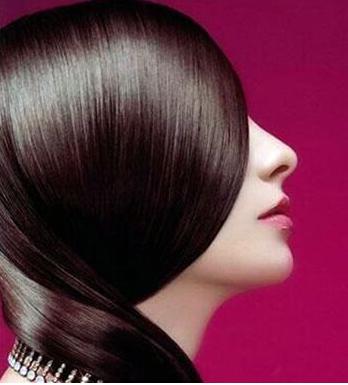 头发毛躁怎么变得柔顺光滑