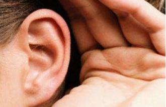卡他性中耳炎怎么引起的