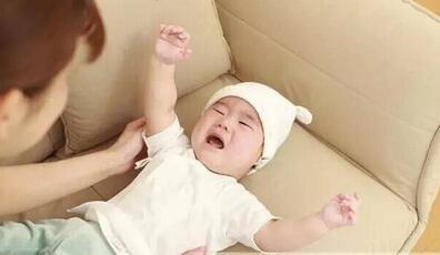 宝宝睡觉总是醒怎么回事