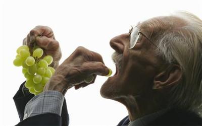 老年人要想长寿需要注意饮食习惯