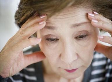 如何调理更年期失眠