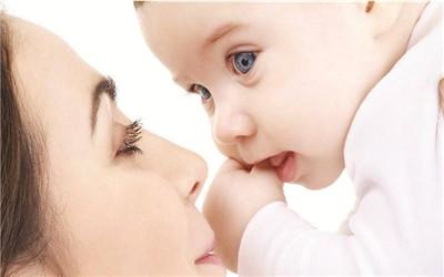 怎样护理产妇与新生儿