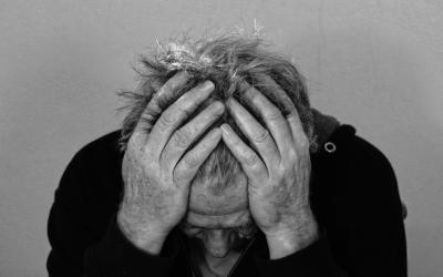 老人适当玩游戏可预防老年痴呆