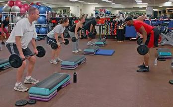 健身房胸肌锻炼方法