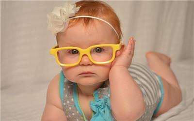 小孩中耳炎是怎么引起的
