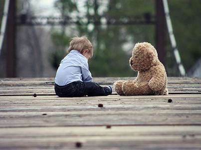儿童自闭症的表现有哪些