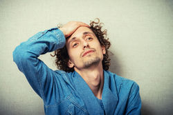 阴囊脱皮是什么原因所致