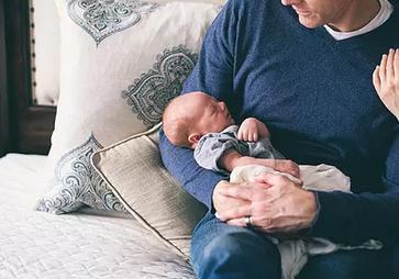 新生儿长湿疹怎么办