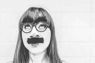 女脸上胡子太多怎么去除