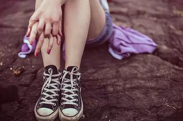 脚关节痛是怎么回事