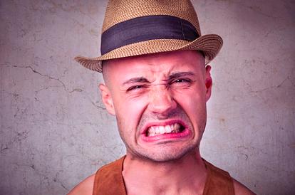 睾丸痛是怎么回事