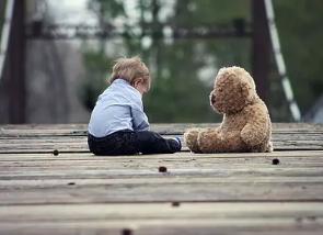 儿童自闭症怎样形成的