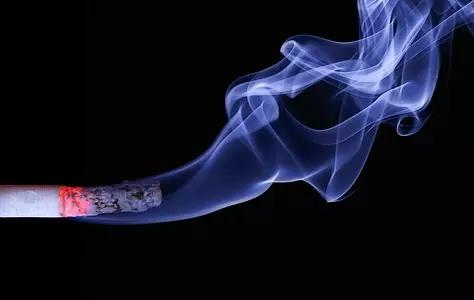 抽烟对身体有哪些危害?