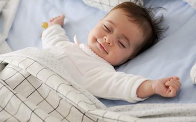 婴儿感冒能打预防针
