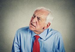 老人失眠是怎么回事