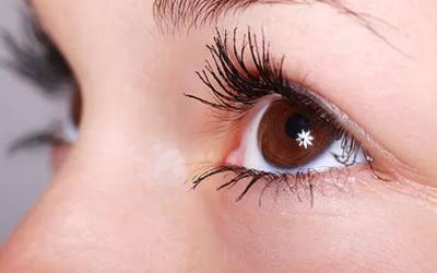 黑眼圈和眼袋怎么办