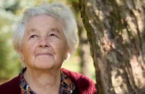 老人减少皱纹的习惯 四大习惯远离皱纹