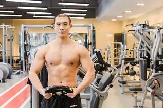 怎样锻炼胸肌最有效