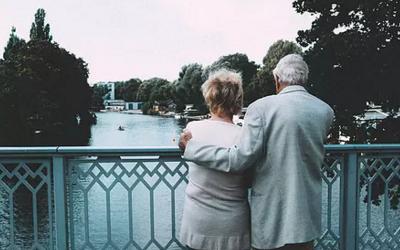 为什么50岁老人性交会更有优势