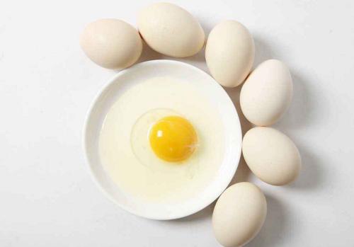 减肥食谱一周瘦10斤 脱脂牛奶