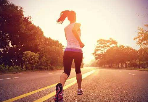 什么时间跑步最好 傍晚跑步