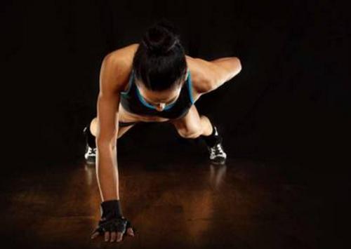 男性性功能锻炼方法 坐浴 俯卧撑