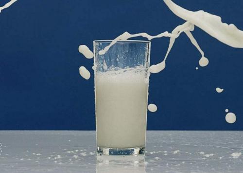 经期吃什么缓解痛经 红枣 牛奶