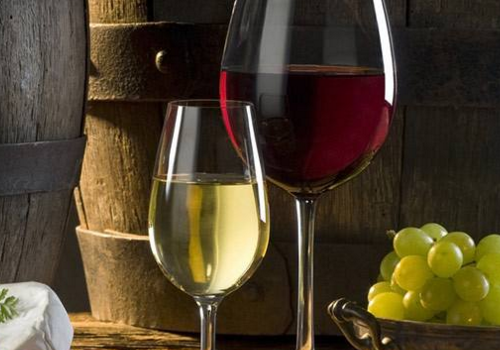 女人喝葡萄酒的好处 滋补减肥
