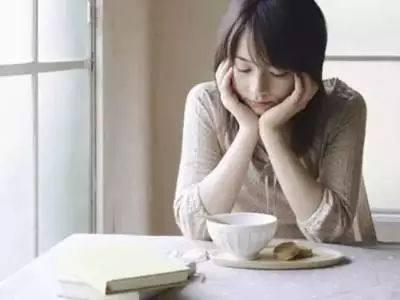 女性该如何解决外阴处痒、松、湿、痛的4大尴尬?