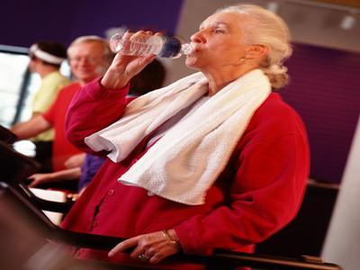 老年人健康饮食的注…
