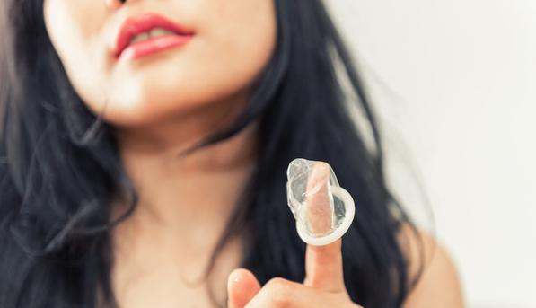 女性在更年期同房时,需不需要避孕?